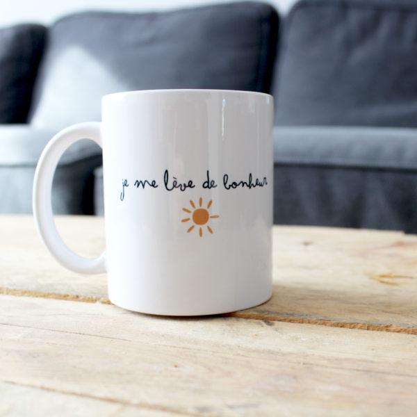je-me-lève-de-bonheur-mug